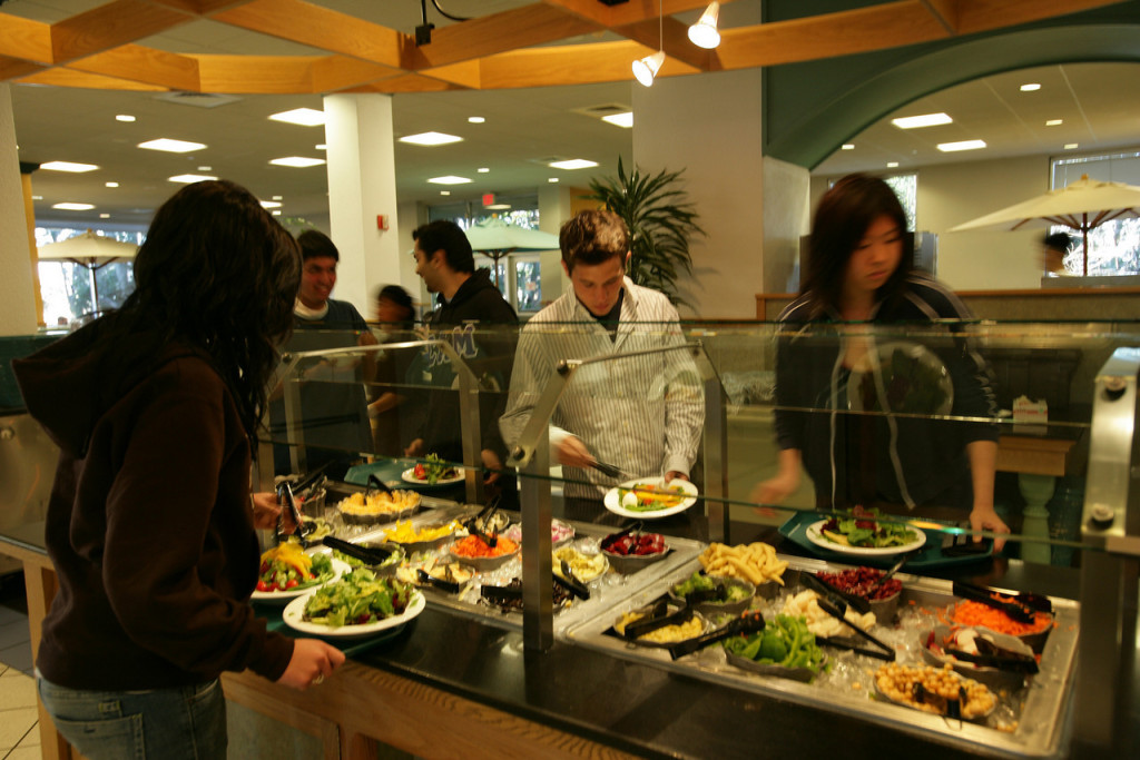 25 universities with the healthiest and freshest food for U of t dining hall