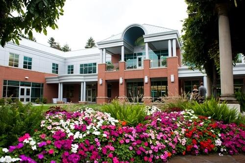 Robert Morris University - 15 Online Hospitality Management Bachelor's Degree Programs